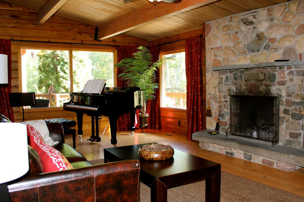 the joys and challenges of log cabin interior design (4/6)
