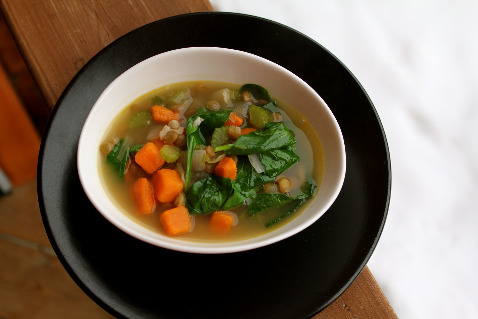 spiced green lentil soup with spinach and lemon | cabinorganic